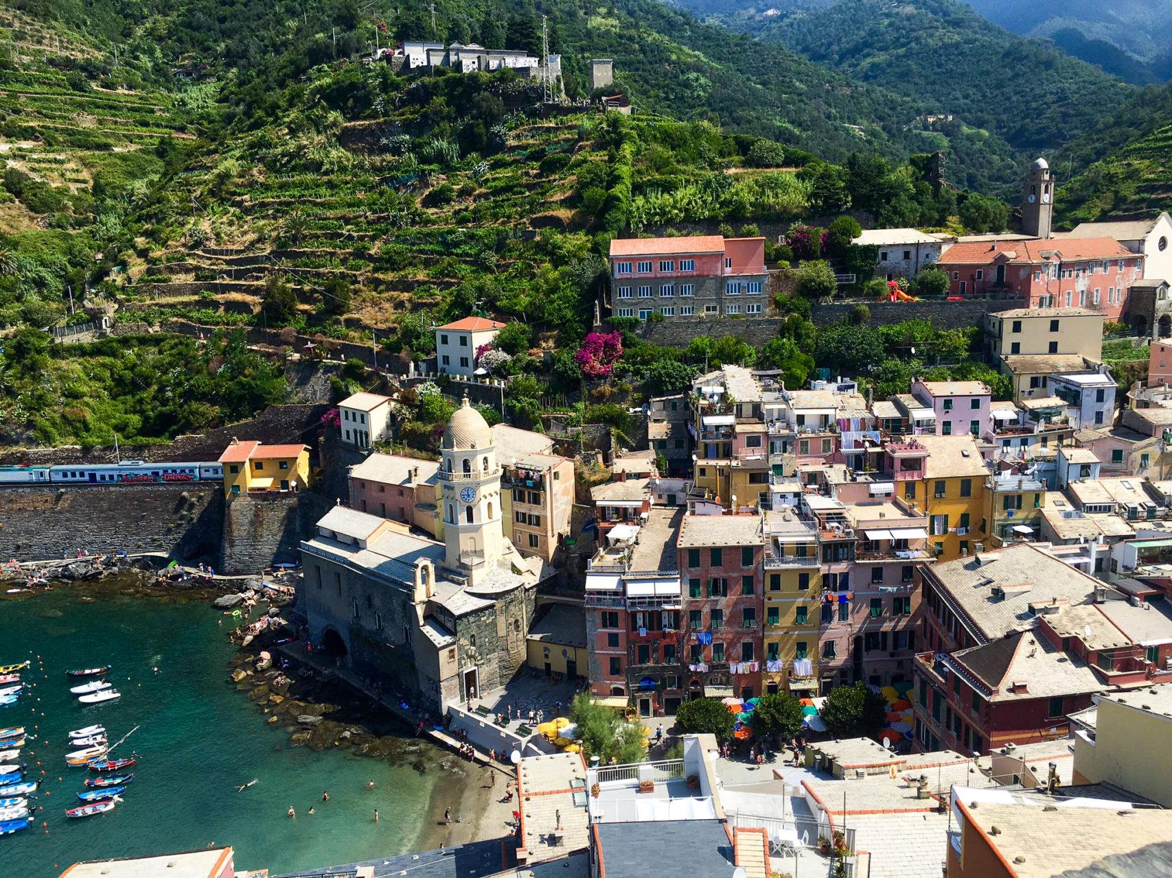 cinque terre italy village to do