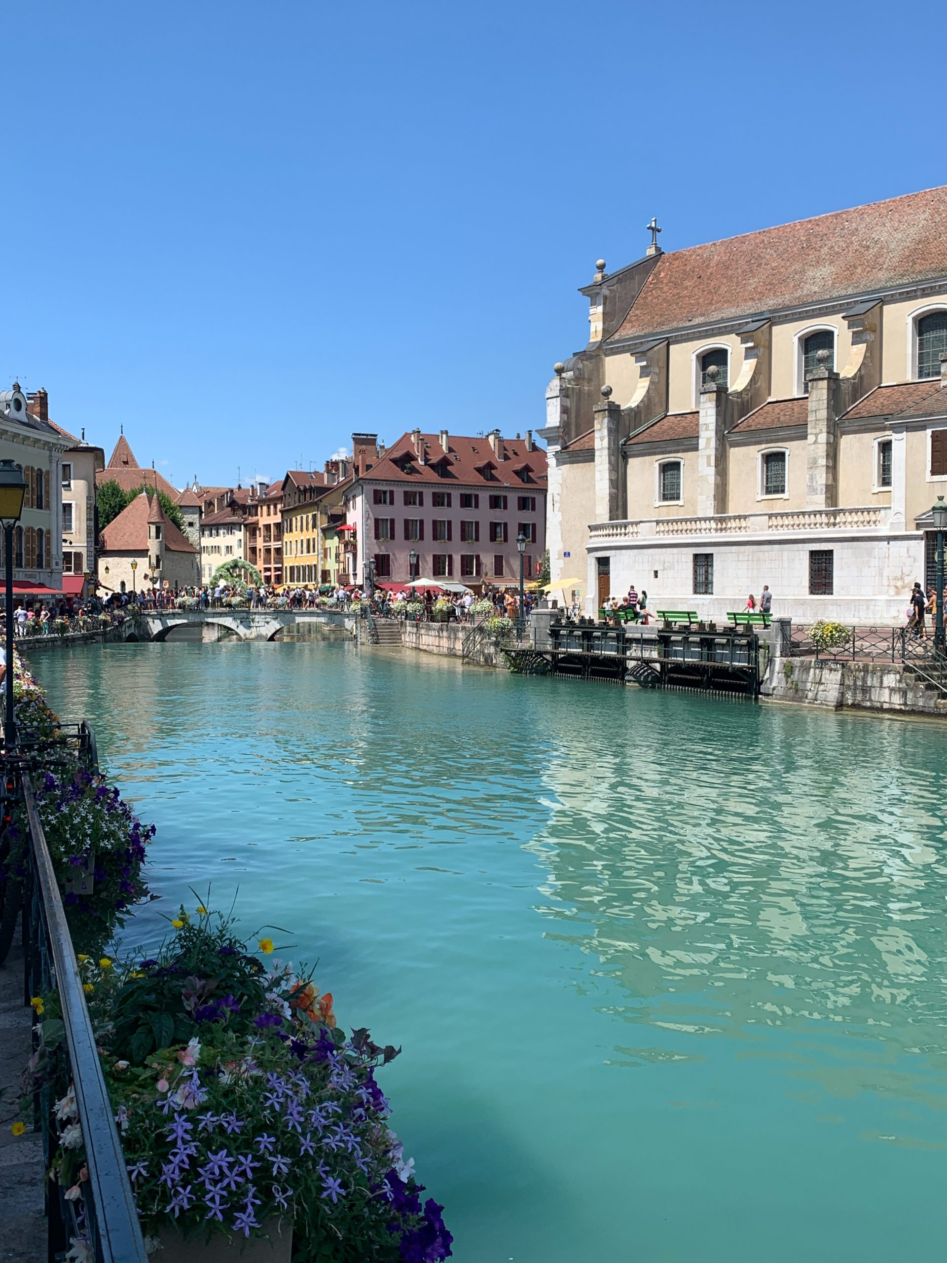 annecy canal ville