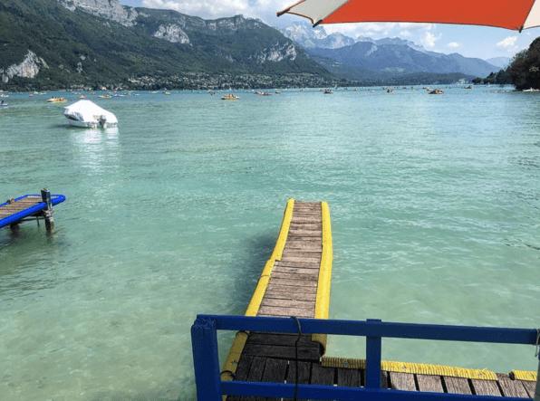 lac d'annecy esplanade