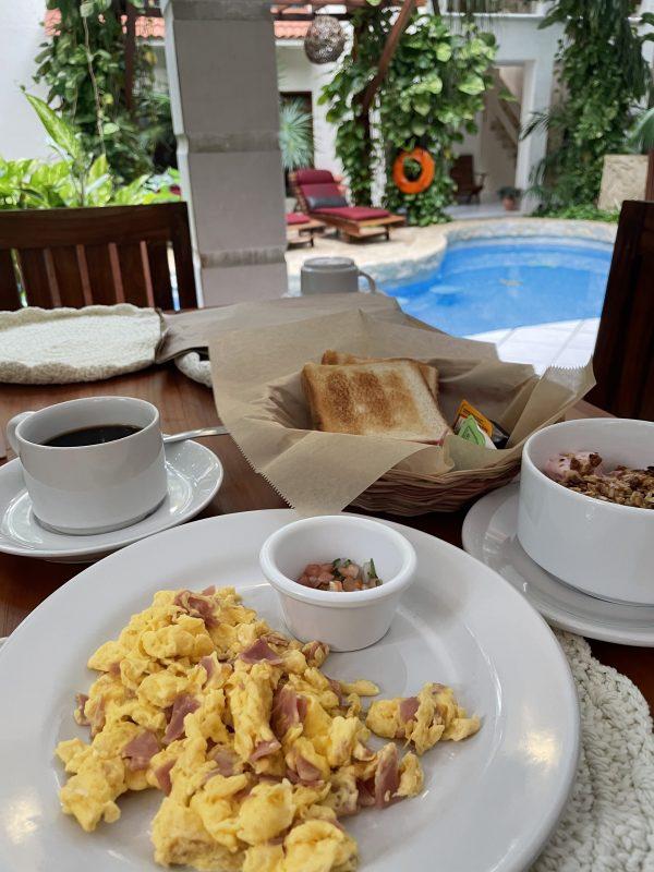 petit dejeuner playa del carmen