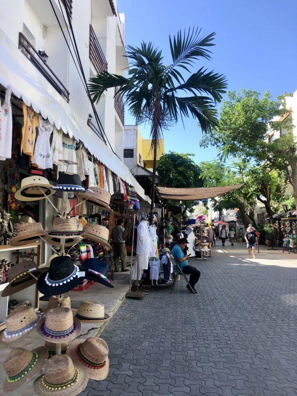 rues de playa del carmen