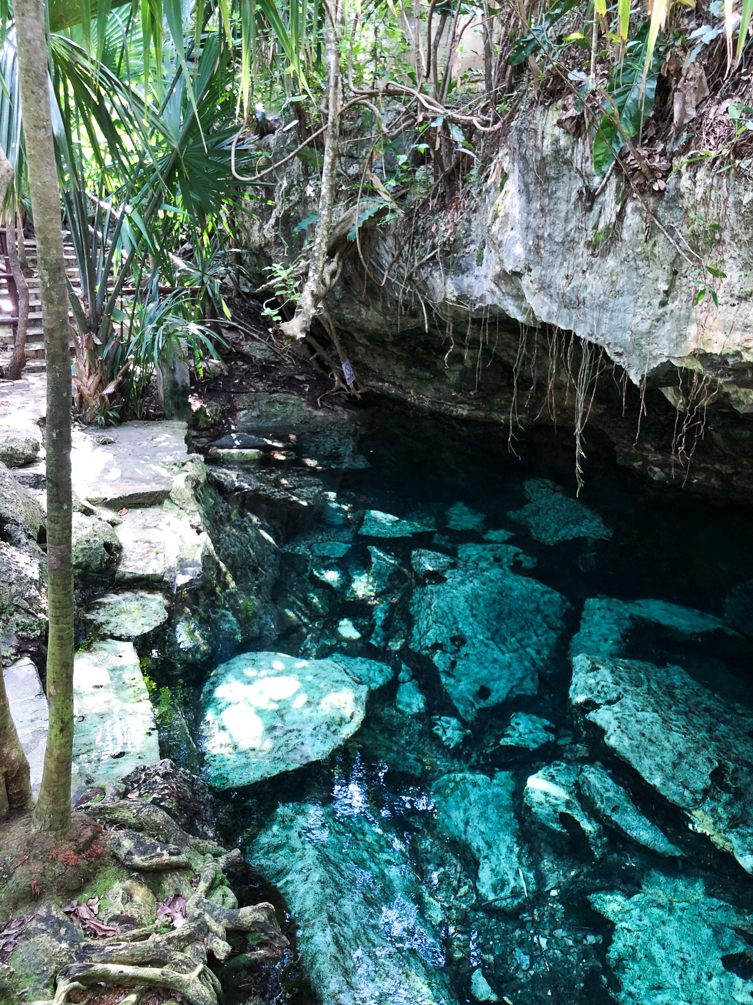 cenote azul yucatan
