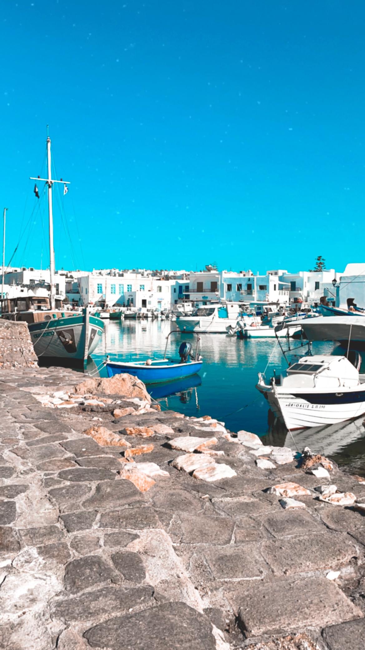 port de naoussa à paros