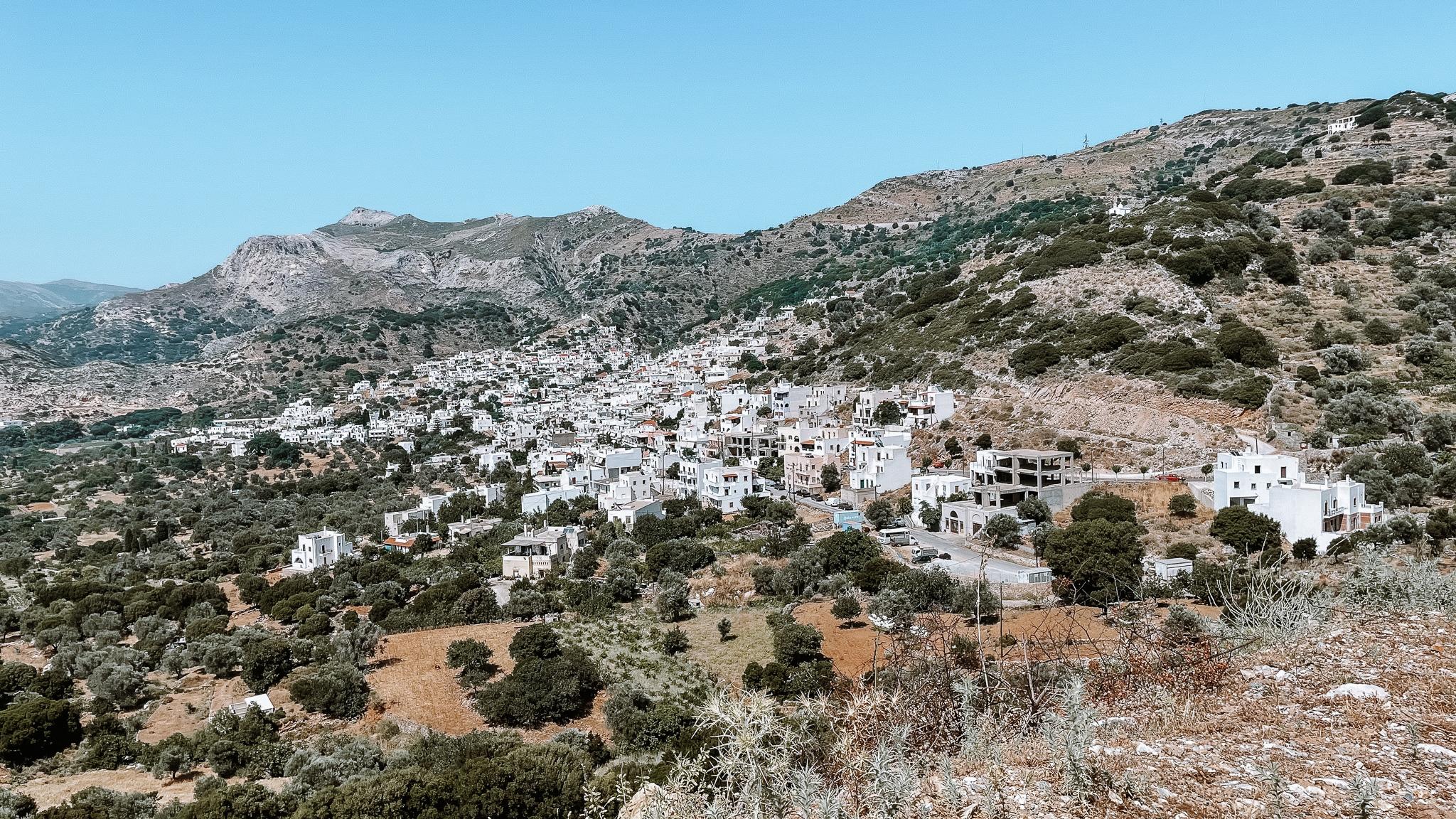 vue sur les villages de naxos